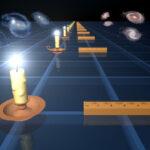 """Due metodi a confronto per misurare la velocità di espansione dell'universo. A sinistra, quello basato sulle supernovae Ia, le """"candele standard"""". A destra, con le coppie di galassie, il """"metro standard"""" utilizzato nella WiggleZ survey (crediti: NASA/JPL-Caltech)"""