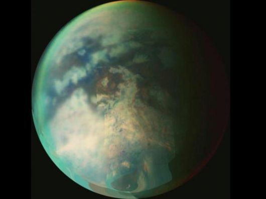 Titano visto dalla sonda Cassini (NASA/ESA/ASI)