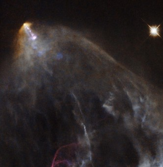 "La stella HL Tau e il suo ""getto"" HH 151. CREDIT: ESA/Hubble & NASA"