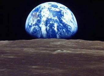 earth_rise1