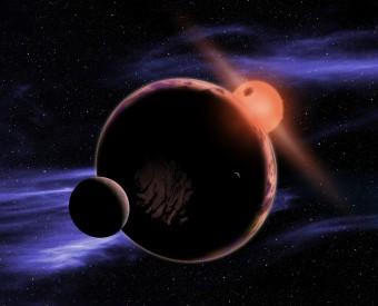 Rappresentazione artistica di un pianeta potenzialmente abitabile in orbita, con le sue due lune, attorno a una nana rossa. Crediti: David A. Aguilar (CfA)
