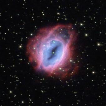 La nebulosa planetaria ESO 456-67 ripresa dal telescopio spaziale Hubble. Crediti: ESA/Hubble & NASA, J.-C. Lambry