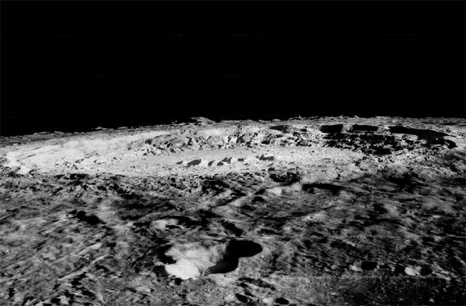 Nell'immagine il cratere da impatto chiamato Copernico dove sono stati rinvenuti i minerali estranei alla formazione lunare. CREDIT: NASA/USGS