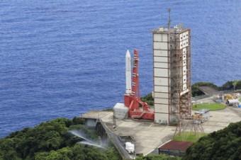 Il razzo giapponese Epsilon con a bordo il telescopio spaziale SPRINT-A alla base di lancio. Credit: JAXA