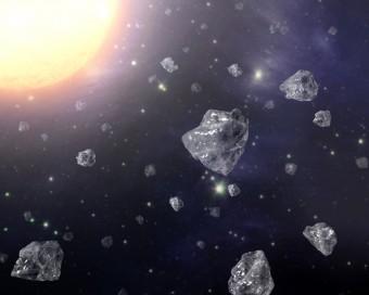 Rappresentazione artistica di diamanti attorno a una stella. Crediti: NASA/JPL-Caltech