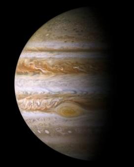 In questa immagine scattata nel 2000 dalla sonda Cassini della NASA si vede chiaramente la Grande Macchia Rossa di Giove. Crediti: NASA/JPL/Space Science Institute