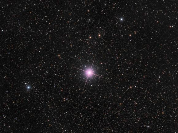 Nova_Centauri_2013_LRGB_1400x1046-lowqual-580x433