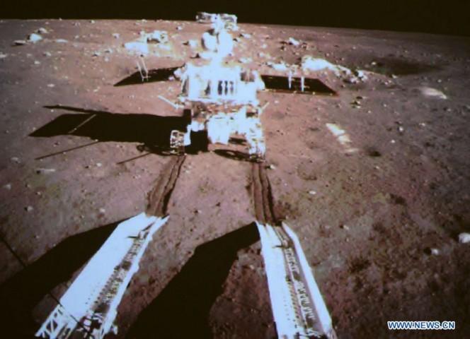 La sonda spaziale Chang'e-3 che si è posata sulla Luna
