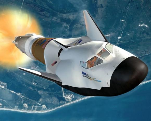 Rappresentazione artistica di Dream Chaser e di Atlas V. Crediti: SNC