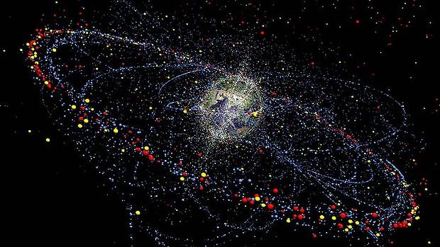 In arrivo la rete per riciclare la spazzatura spaziale for What is outer space made of