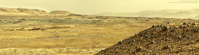 Mosaico di immagini scattate da Curiosity nel corso del Sol 582 (NASA / JPL - Caltech / MSSS rielaborate da Jason Major).