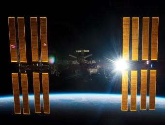 Elaborazione artistica della Stazione Spaziale Internazionale. Crediti: NASA