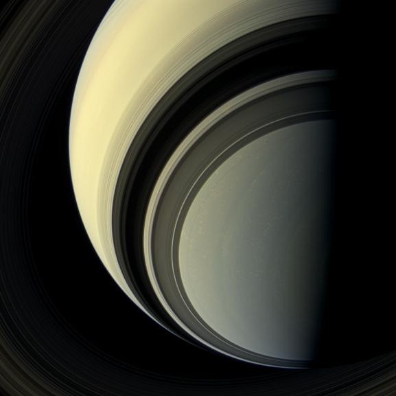 Il gigante gassoso Saturno catturato dalla sonda Cassini-Huygens dell'ESA. Crediti: NASA/JPL-Caltech/Space Science Institute