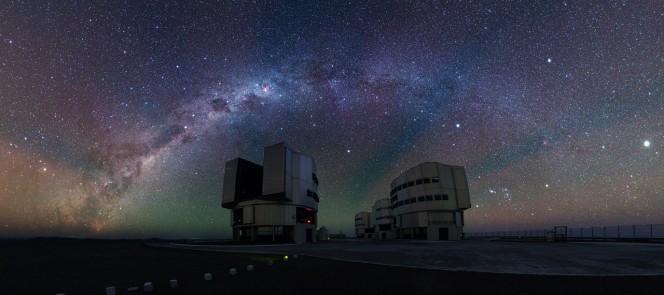 Vista panoramica della piattaforma VLT. Crediti: ESO / Y. Beletsky