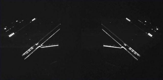 I pannelli fotovoltaici di Rosetta nell'obiettivo dello strumento CIVA montato sul lander Philae. Credit: ESA/Rosetta/Philae/CIVA