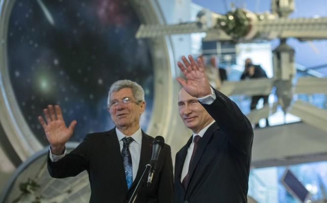 В.Путин посетил Мемориальный музей космонавтики