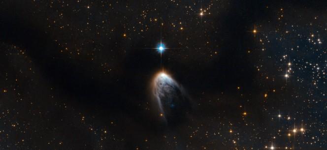 Crediti: ESA/Hubble & NASA. Riconoscimenti: R. Sahai (JPL), Serge Meunier