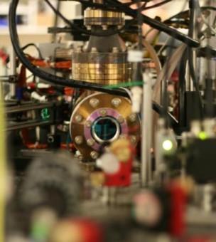 La trappola per atomi ultrafreddi del laboratorio di Toronto. Crediti: Denzil Green / Canadian Institute for Advanced Research