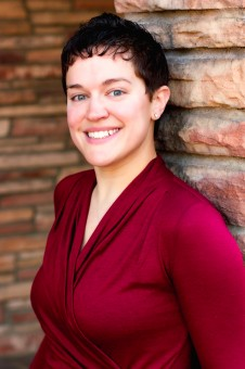 Emily Levesque (dal sito web personale)