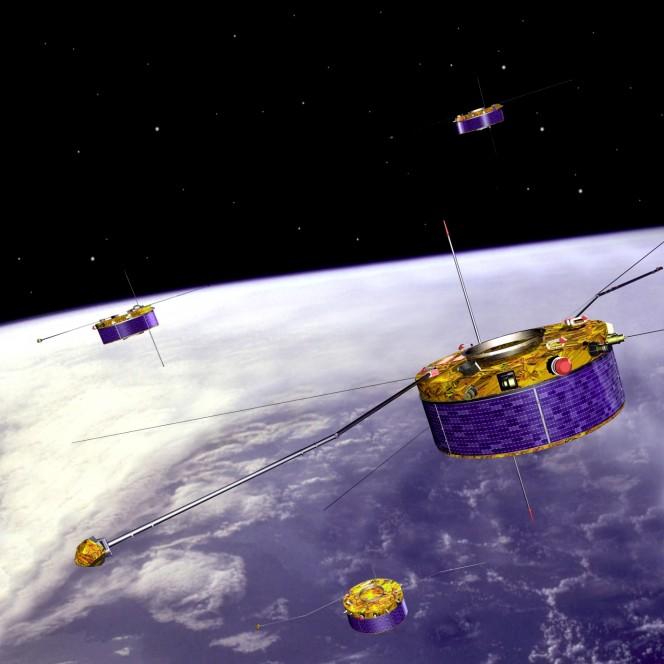 I dati raccolti dai quattro satelliti dell'Agenzia Spaziale Europea nel corso della missione Cluster potrebbero aiutarci a risolvere il mistero delle forti interazioni fra vento solare e campo magnetico terrestre. Crediti: ESA.