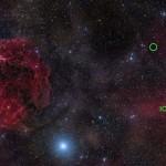 Immagine nella luce visibile della regione di cielo nella costellazione dell'Auriga dove il 2 novembre del 2012 il radiotelescopio di Arecibo ha identificato un lampo radio veloce. La posizione esatta è indicata dal circoletto in verde.© Rogelio Bernal Andreo (DeepSkyColors.com)