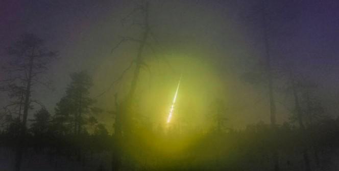 È originario di Kuusamo l'insegnante di fisica e astronomo per diletto Asko Aikkila, autore di questa immagine del meteorite incandescente caduto sul confine fra Russia e Finlandia lo scorso aprile. Crediti: Asko Aikkila / Finnish Fireball Network.
