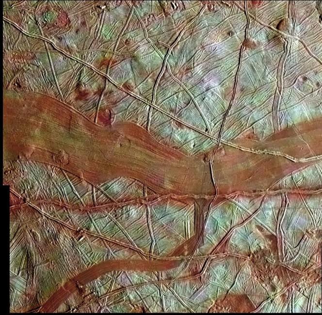 Europa a colori. Crediti: NASA/JPL-Caltech/SETI Institute
