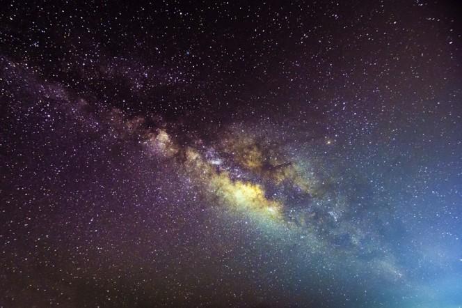 Nuovi elementi per comprendere il medium interstellare da cui, nella Galassia, si formano i sistemi stellari. Crediti: Johns Hopkins University.