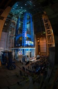 Il VAC è il più grande strumento di saldatura al mondo. Fa parte di una famiglia di strumenti progettati per il cantiere dello Space Launch System, il razzo più potente mai costruito dall'uomo. Crediti: NASA.