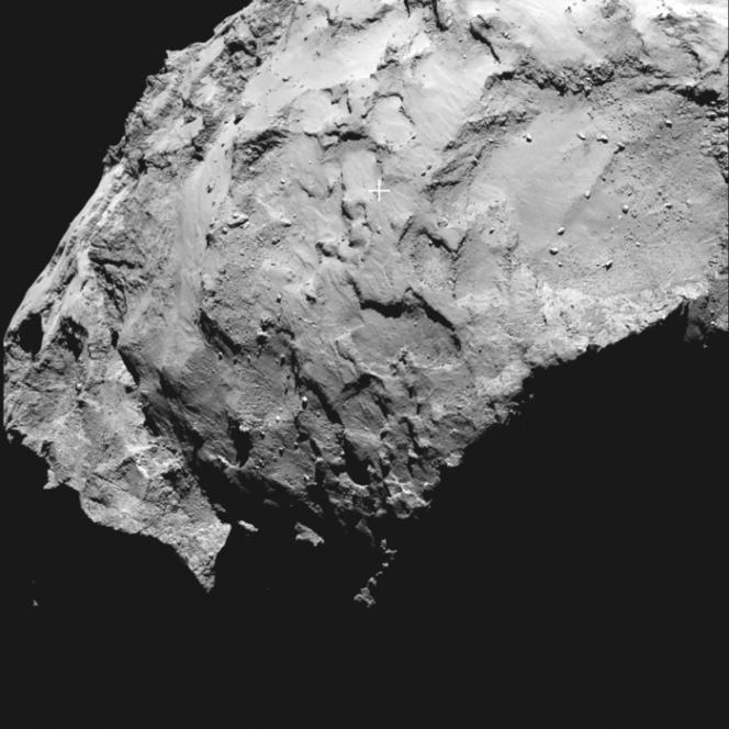 Immagine ad alta risoluzione del settore J, il sito primario di atterraggio di Philae, il lander della sonda Rosetta, che approderà sulla superficie della cometa 67P il 12 novembre prossimo. Credits: ESA/Rosetta/MPS for OSIRIS Team MPS/UPD/LAM/IAA/SSO/INTA/UPM/DASP/IDA