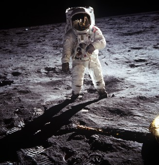 Buzz Aldrin sulla superficie lunare nel 1969. Crediti: NASA.