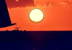 Schiacciamento apparente del Sole Credit: meteo.sm