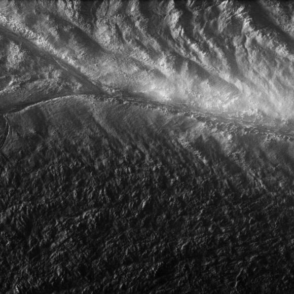enceladus_stripe_11-30-10-1-580x580