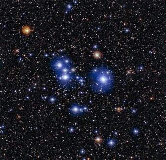 L'ammasso stellare Messier 47: l'immagine è stata ottenuta con la camera WFI (Wide Field Imager) installata sul telescopio da 2,2 metri dell'MPG/ESO all'Osservatorio dell'ESO di La Silla in Cile. Crediti: ESO