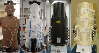 Durante l'esposizione extraveicolare, il manichino Matroshka era avvolto in una protezione in grado di simulare le proprietà schermanti di una tuta spaziale. Crediti: DLR