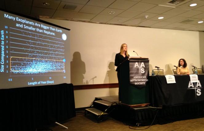 Courtney Dressing (CfA) presenta le ultime scoperte di HARPS-N durante il 225esimo meeting dell'AAS