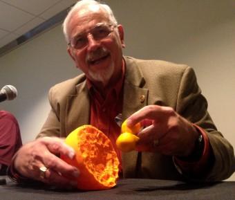 Ted Gull illustra a Media INAF il modello in 3D di Eta Carinae