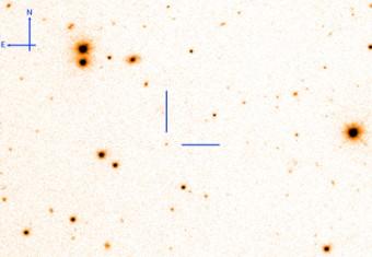 Immagine del GRB130831A presa con il Liverpool Telescope alle Canarie. La posizione dell'esplosione stellare, avvenuta a una distanza di circa 5 miliardi di anni luce, è indicata al centro dell'immagine. Per concessione della Università dei Paesi Baschi