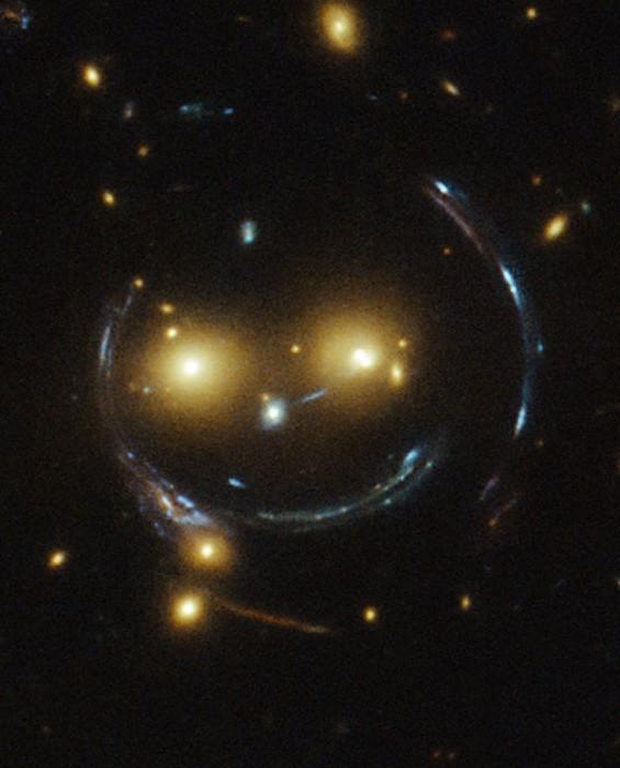 Hubble ci regala un sorriso