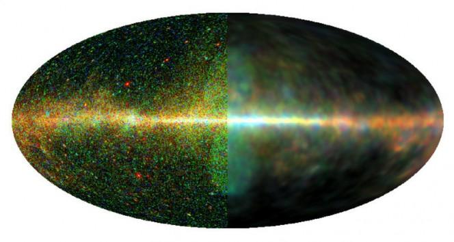Ecco la Via Lattea vista ai raggi gamma. La metà di sinistra mostra i dati grezzi, mentre la metà destra mostra i dati elaborati. I ricercatori hanno sviluppato un algoritmo che aiuta a rimuovere il rumore e gli artefatti strumentali separando le strutture diffuse e puntiformi. Le immagini rivelano dettagli interessanti, come le cosiddette bolle di Fermi (al centro), che si estendono su 50.000 anni luce.Crediti: MPA / Marco Selig