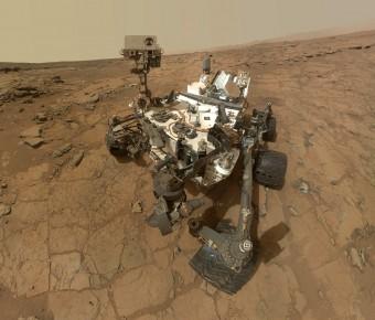Selfie composito di Curiosity sul Mount Sharp. Crediti: NASA/JPL-CALTECH/MSSS