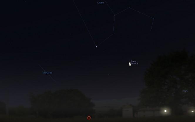 Ecco come appariranno Venere e Giove alle 22:00, visti da Roma. Software utilizzato: Stellarium