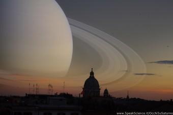 Un montaggio di come apparirebbe il cielo di Roma se al posto della Luna ci fosse il pianeta Saturno. Una creazione SpeakScience per OcchiSuSaturno 2015.