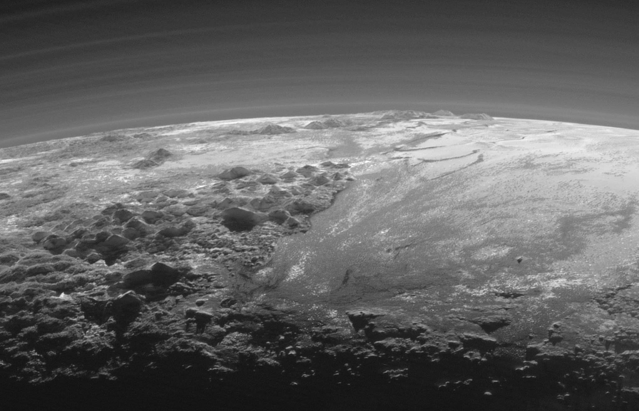 L'immagine è stata scattata 15 minuti dopo il flyby del 14 luglio. Credit: NASA/Johns Hopkins University Applied Physics Laboratory/Southwest Research Institute