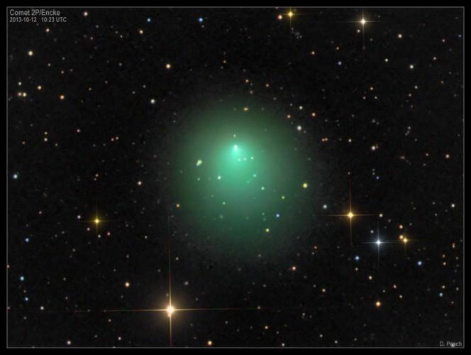 La cometa 2P/Encke come vista nel 2013 da Damian Peach con un telescopio da 20″. Crediti: D. Peach