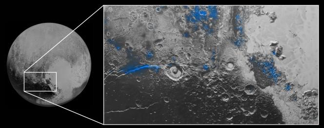 Le regioni con il ghiaccio d'acqua esposto sono evidenziate in blu in questa imagine composita. Crediti: NASA / JHUAPL / SwRI