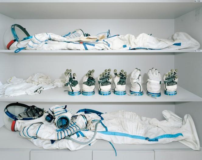 Lo spogliatoio degli astronauti, dove vengono custodite le tute spaziali Sokol, Yuri Gagarin Cosmonaut Training Centre, Star City, Russia. Crediti: Edgar Martins.
