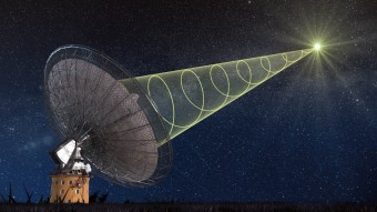Rappresentazione artistica della rilevazione di un Fast Radio Burst (FRB). I FRB sono lampi improvvisi e di breve durata nella banda radio, e sono quindi fenomeni che potranno essere rilevati grazie a questa nuova tecnica. Crediti: Swinburne Astronomy Productions