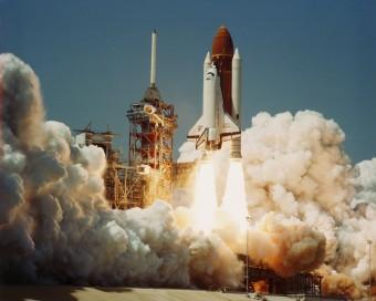 Il decollo dello Space Shuttle Challenger nella sua prima missione. Crediti: NASA
