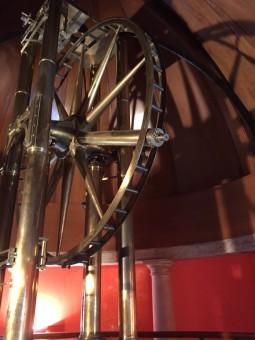 Il Cerchio di Ramsden, Osservatorio Astronomico di Palermo. Costruito da Jesse Ramsden per l'erigenda Specola di Palermo fra il gennaio del 1788 e l'agosto del 1789, insieme agli altri strumenti che costituirono la prima dotazione strumentale dell'Osservatorio.